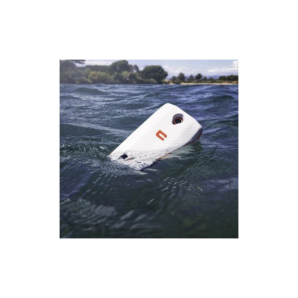 Coque flottante TREKKER-X3