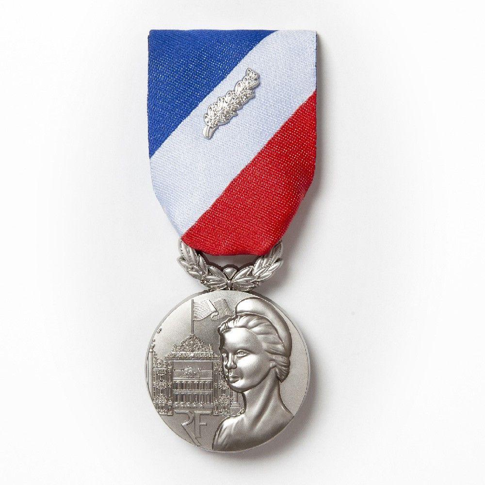Médaille pendante MSI Argent avce agrafe E.F.S.I 2018/2019