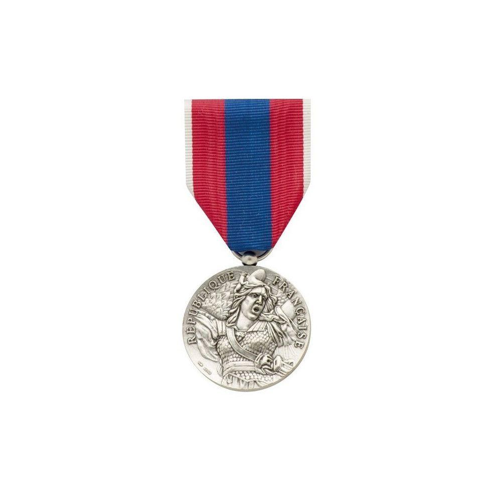 Médaille pendante défense nationale argent